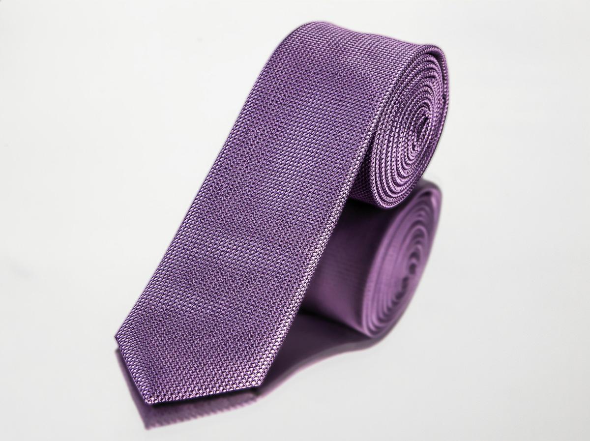 Kravata pánská AMJ úzká, kostičkovaná KI0306, fialová