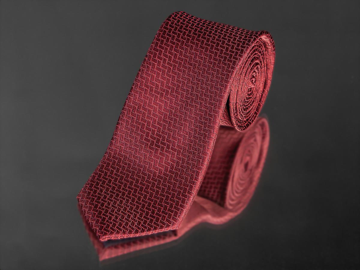 Kravata pánská AMJ, obdélníkový vzor KU0964,tmavě červená